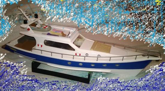Yacht cabinato di lusso