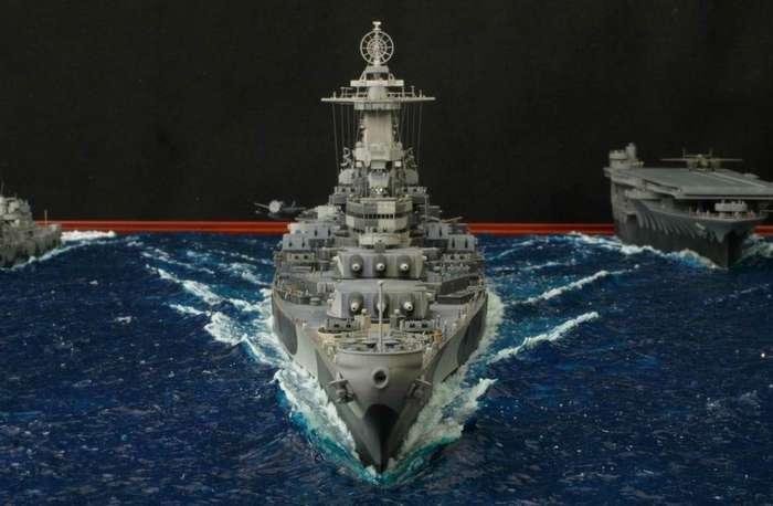 USS Missouri in navigazione - Diorama
